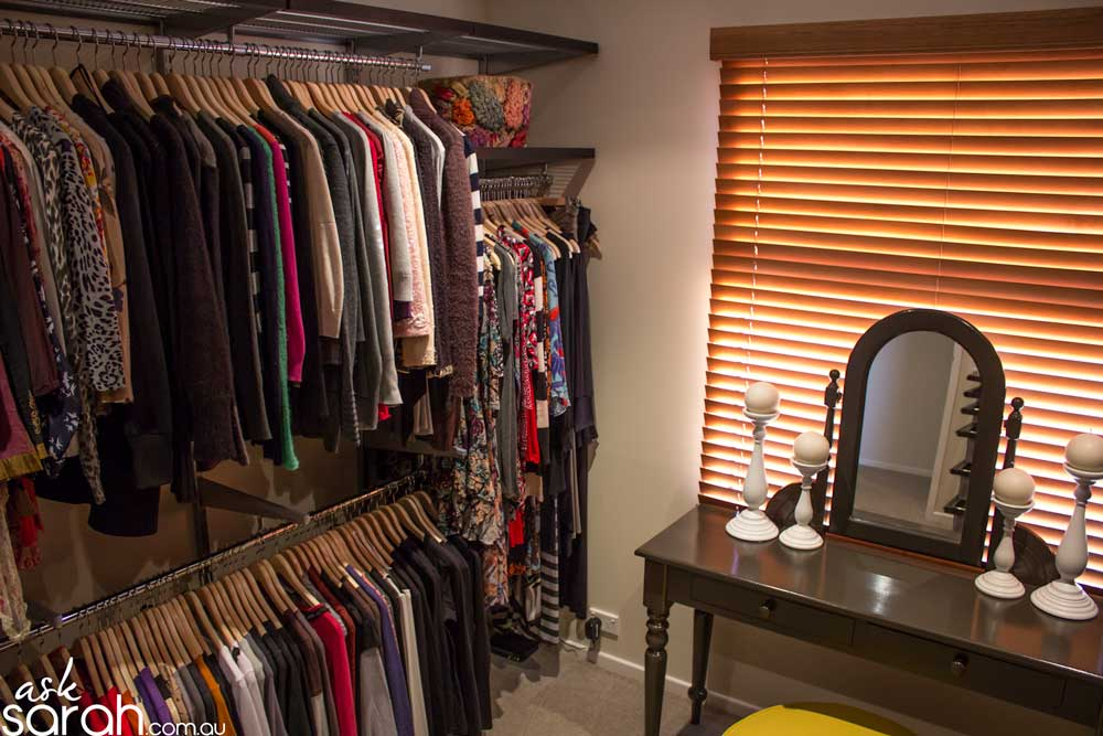 How To Clean Your Closet Without Having A Nervous Breakdown & Feeling The Sudden Need To Buy Shoes