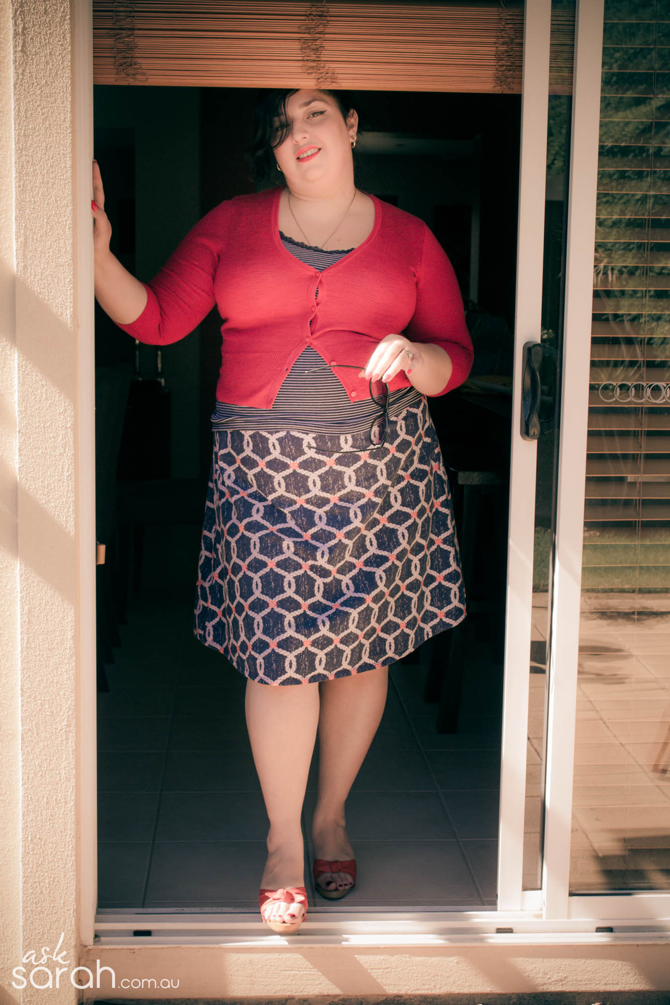 The Bread & Butter Skirt {Dartless A Line Skirt w Bias Waist & Hem Facing. Tutorial links included}