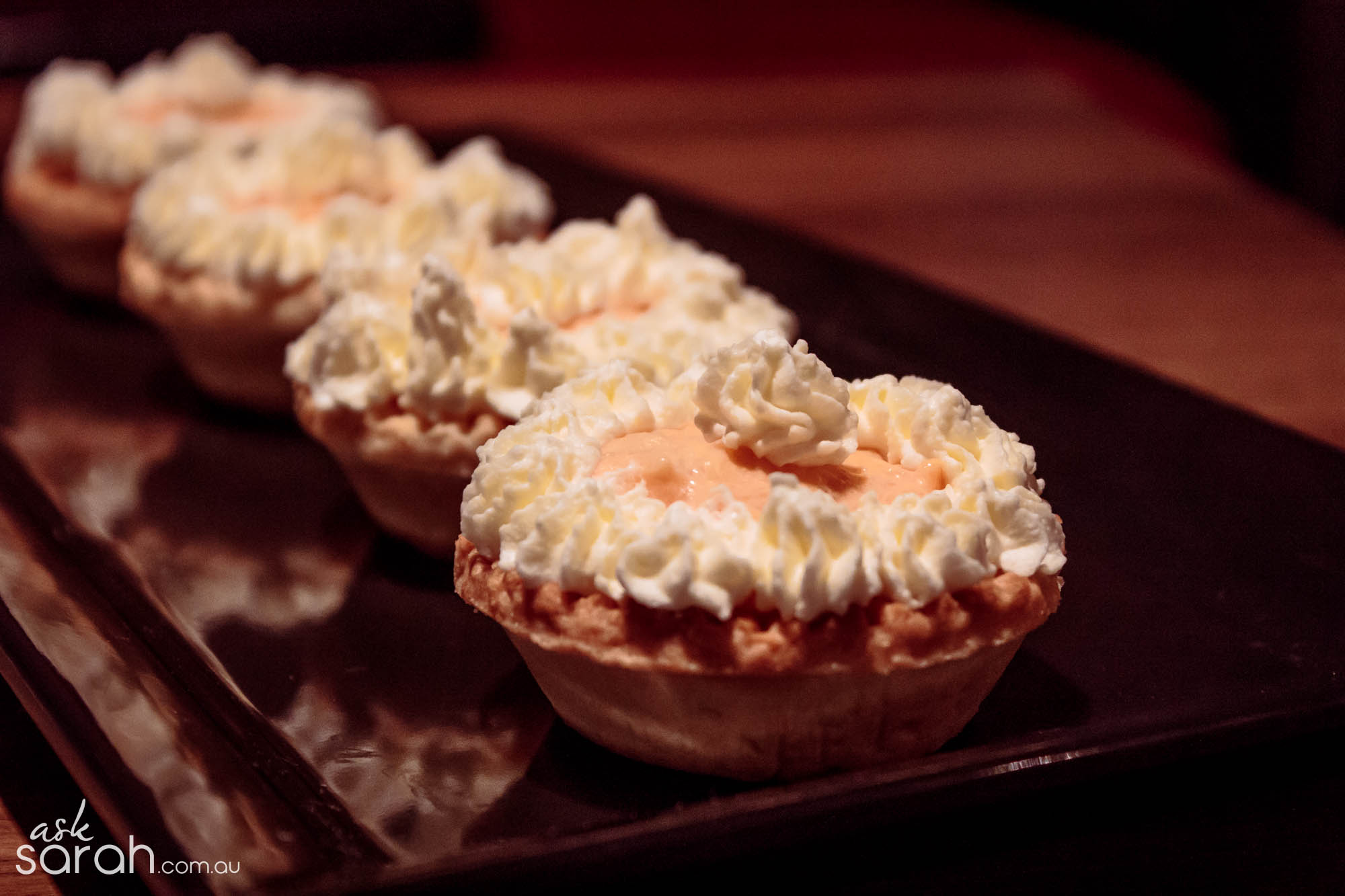 Recipe: Mini Mango Cheesecake Tarts